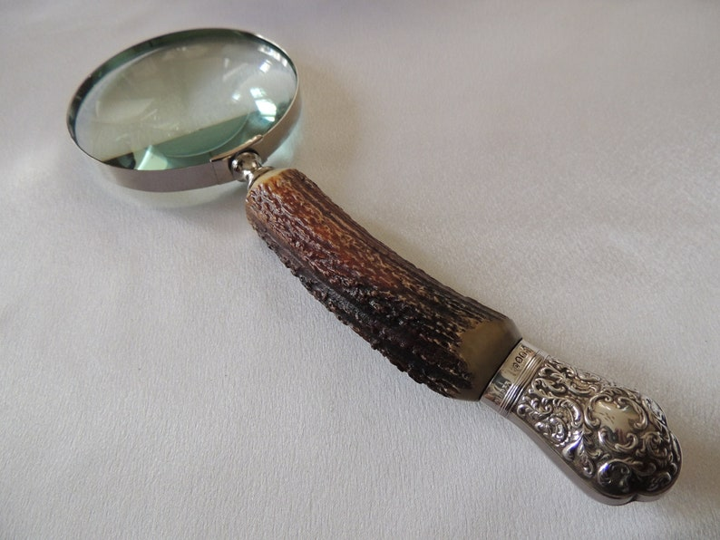 American Stag Handle Magnifying Glass With Silver End Collar.