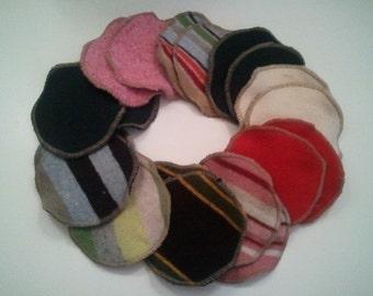 Style Softline Soothingly Soft Organic Merino Wool Nursing Pads Size Mini Diameter 3 in