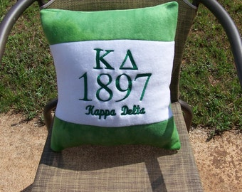 """KAPPA DELTA 16"""" Greek Letter/Founding Year Embroidered Green/White Color Blocked Pillow"""