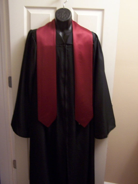 Maroon Embroidered Graduation stole -Choir stole- Clergy Stole, College University stole-HS Stole-Greek Lettered stole-Class of 2020