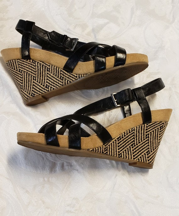 "Black n Tan Areosoles Wedge Heel Sandal/4"" Wedge Heel w Black/Tan Pattern/Ethnic Inspired 4"" Wedge heels/.50 platform"
