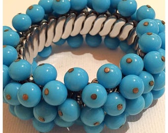 Turquoise Blue Glass Beaded Stretch Bracelet, Accordion Style Stretch Beaded Bracelet in Turquoise, Cluster Bead Cha Cha Bracelet