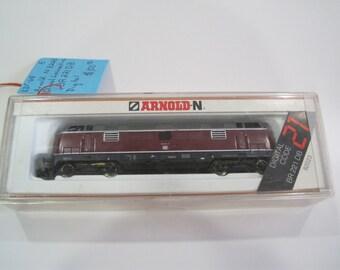 Arnold N Scale 82023 BR 221 DB Digital Diesel Locomotive
