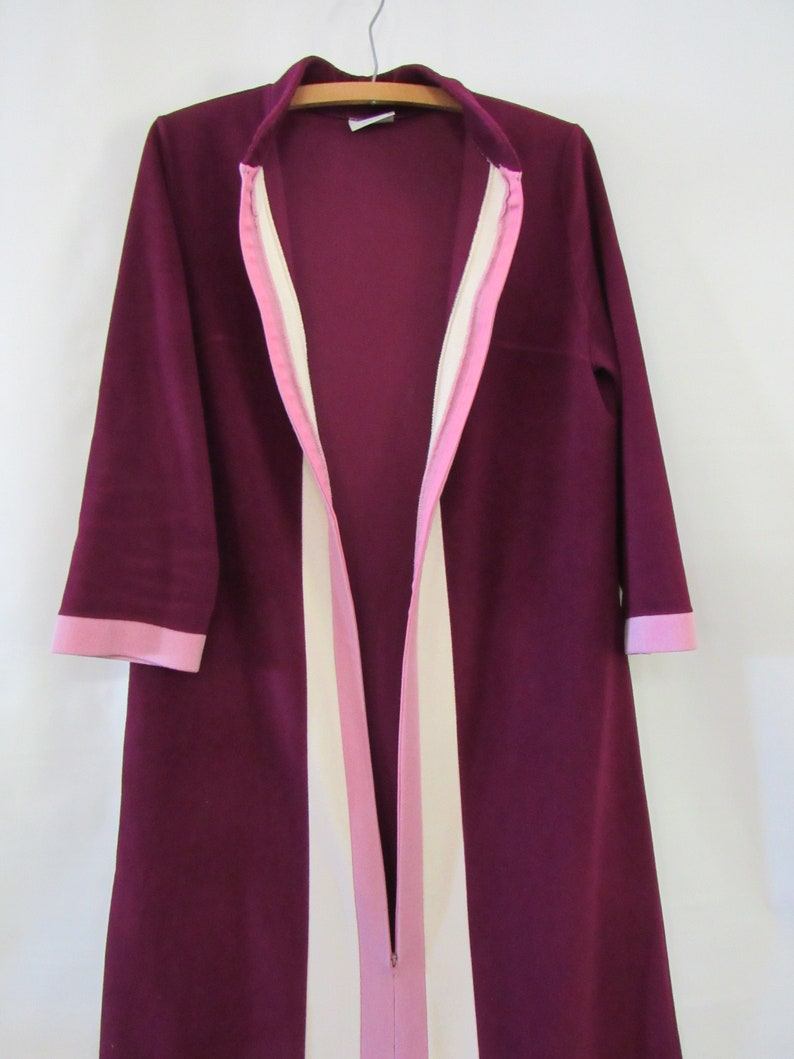Zip Robe Striped Purple Pink Mod Robe Large XL Cozy Fleece