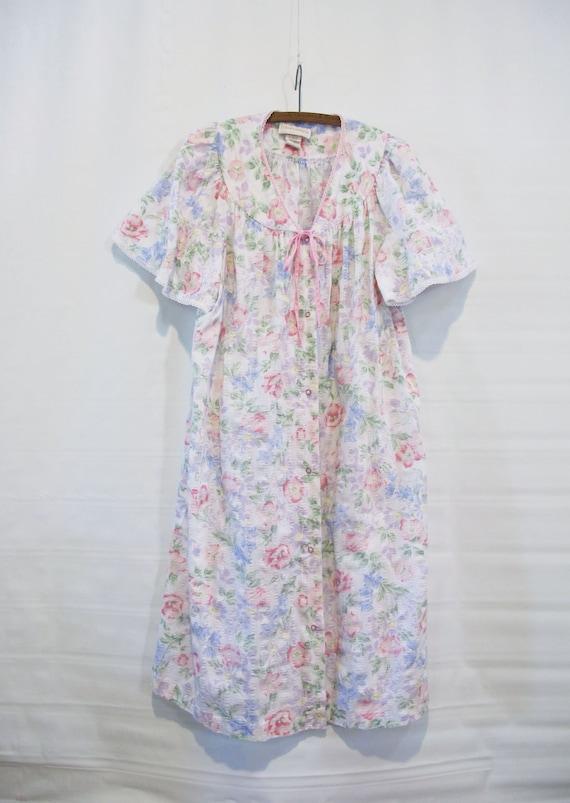 White Floral House Dress - 2X Plus Size Snap Front - Short Sleeve Cotton  Blend