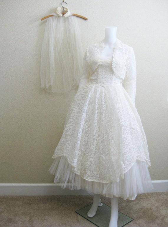 1950s White Lace Wedding Dress Tea Length Tulle St