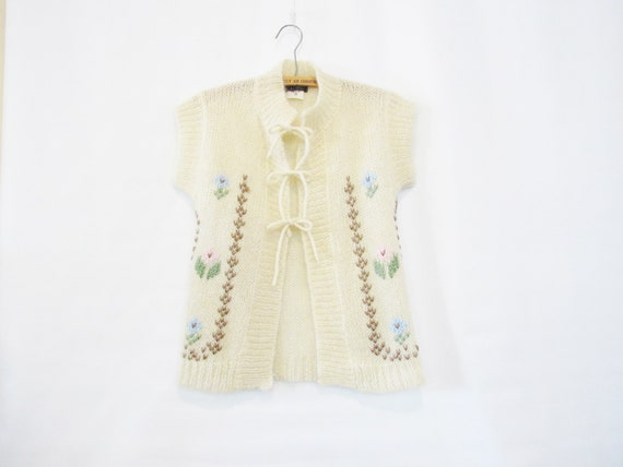 White Mohair Cardigan Small - Floral with tie fron