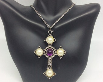 """Coventry necklace Necklace vintage  Sarah Coventry """"Crusader"""" Silver tone Filigree look Faux pearl Purple cabochon Pendant Silver tone chain"""