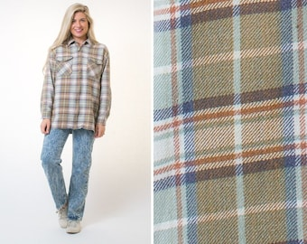 Large flannel vintage outerwear mens women s long sleeve PLAID FLANNEL  shirt 90s flannel shirt 90s clothes 90s GRUNGE style grunge flannel 53fdc23387281