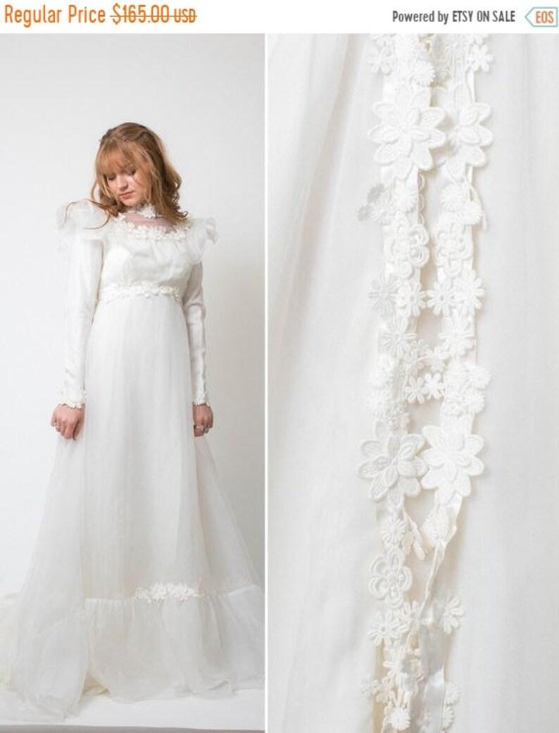 c6354158757 Sale Boho wedding dress Vintage 70s WEDDING DRESS ivory white