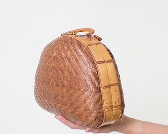 WICKER PURSE wicker handbag BASKET purse summer vintage brown 60s straw Rattan 1960s purse sixties handbag bamboo