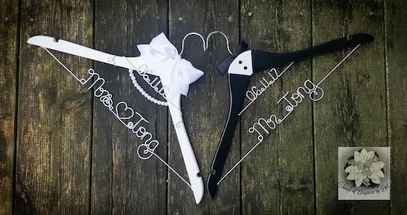 Braut & Bräutigam Draht Name Kleiderbügel Set von 2 | Etsy
