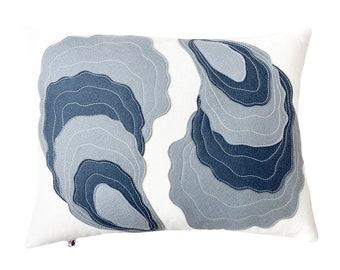 Oyster Yin Yang - Gray + White