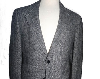 Irish wool Tweed Jacket vintage 38 Short Black gray herringbone
