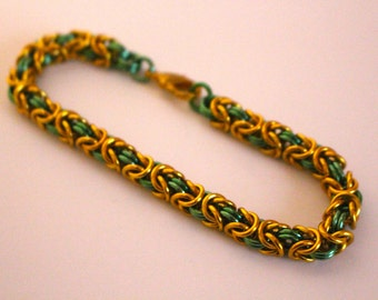 Byzantine Chainmaille Bracelet   Hand Crafted Chainmaille Jewelry   Handmade Bracelet   Green and Gold   Anodized Aluminum