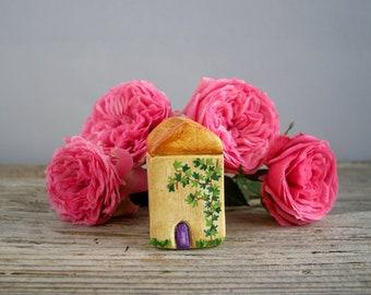 Miniature house, little clay house, tiny cottage, shelf decor, rustic, tiny home decor, housewarming gift, small house, one of a kind
