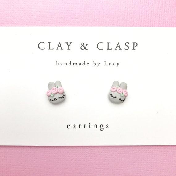 Flower crown bunny rabbit earrings