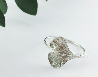 Ginkgo Leaf ring, Sterling silver ring, Minimalist ring, Botanical jewelry, Ginkgo biloba, Ginko, Leaf jewelry, Woodland Jewelry, Nature