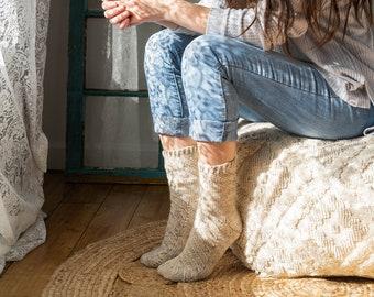 Speirā crochet socks pattern