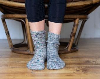 Emilia | crochet socks pattern