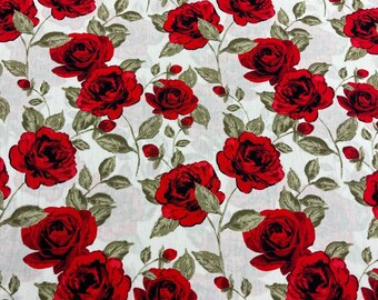 Red Roses on White - 100% cotton print fabric - 3578-3