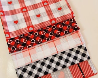 Red and Black Heart Fat Quarters, Quilting Cotton, Quilting Fabric, Quilt Sets