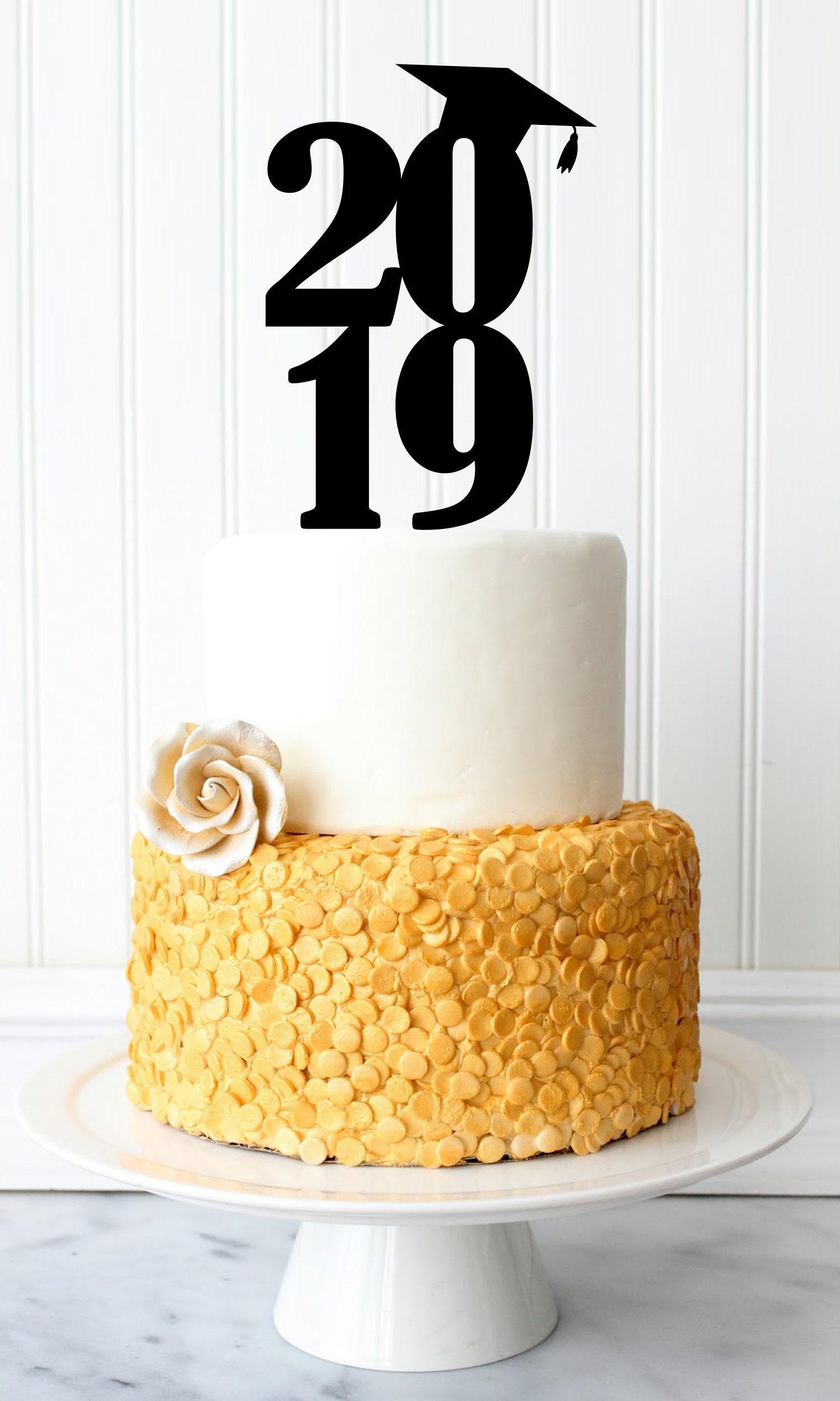 Class of 2019 Graduation Cap Cake Topper - Custom Cake ...