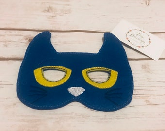 Pete the Cat Mask,Pretend Play Masks, Handmade Mask, Dress Up Mask, Party Favor, Halloween Mask, Christmas Stocking