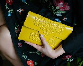 Vegan clutch bag -  yellow clutch purse - handbags - yellow purse - colourful bag - yellow evening clutch - medusa - designer bags