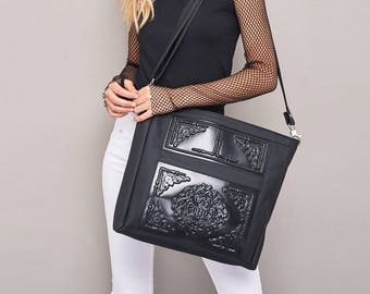 All black big hobo bag / non leather shoulder bag / crossbody bag / everyday bag / vegan hobo bag / print in black vinyl / MeDusa is vegan