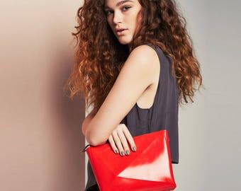 Vegan red crossbody bag / vegan red purse / red evening bag / red clutch bag / red purse / vegan handbags for women / medusa vegan handbags