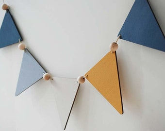 Plywood bunting, set of 5