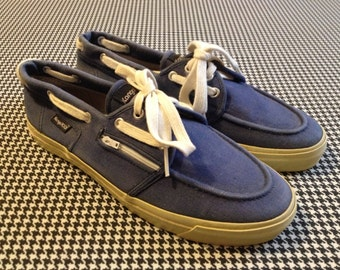 1980's, kangaRoos, canvas, athletic, boat shoes/docksiders, in dark blue and white, Men's size 7, Women's size 9