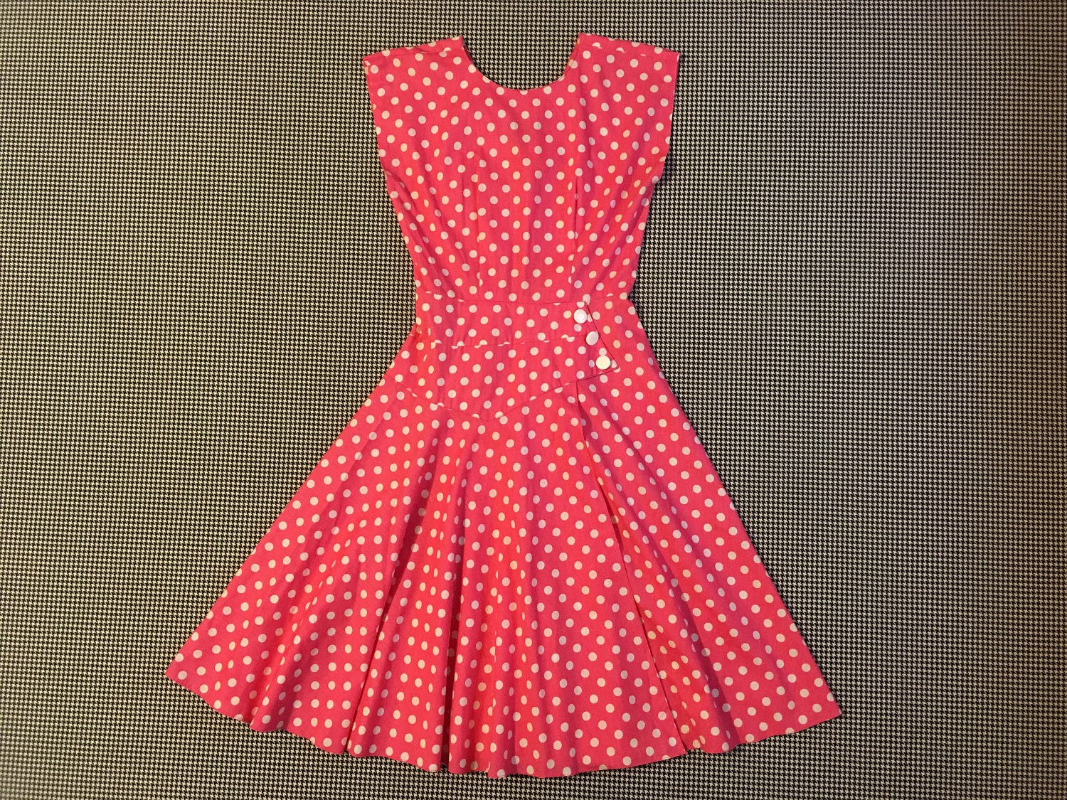 80s Dresses | Casual to Party Dresses 1980s, Quarter Sleeve, Dress, in Hot Pink, With White Polka-Dots, Womens Size 7  Medium $42.00 AT vintagedancer.com
