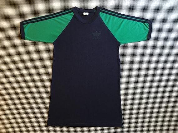 adidas shirt schwarz mit bunten schultern
