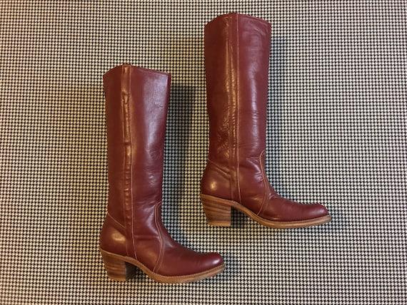 des années 1970, 1970, 1970, talon en bois empilé, bottes Western, haute, en cuir marron, taille 8 b des femmes   D'être Très Apprécié Et Loué Par Les Consommateurs  3dbb75