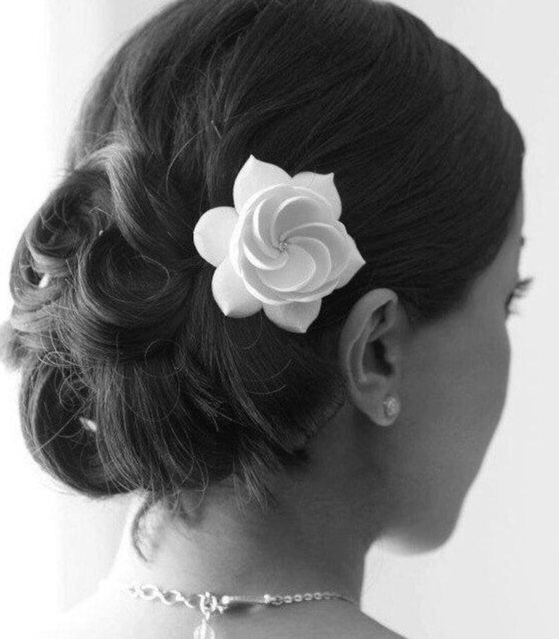 Bridal Fascinator Bridal Hair Fascinator Gardenia image 0