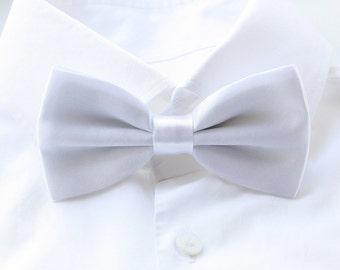 Groom's Bowtie, White Bowtie For The Groom, Men's Gift, Groom's Tie, Groom's Gift, Light Orchid Wedding Bowtie, Satin Bowtie