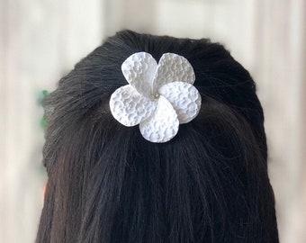 Bridal Fascinator, Bridal Hair Fascinator, Plumeria Fascinator, Wedding Headpiece, Bridal Hair Accessories, Wedding Fascinator With Crystal
