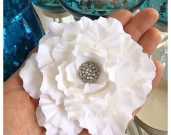 Bridal Fascinator, Wedding Fascinator, Gardenia Fascinator, Flower Hair Clip, Wedding Headpiece, Bridal Hair Accessory, Bridal Headpiece