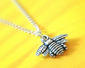 Bee Necklace, Insect Necklace, Honey Bee Jewellery, Cute necklace, Nature Jewelry, Bee Jewellery, Honey Bee Gift, Nature, stocking stuffer