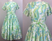 Vintage 50s Dress Blue and Green FEATHERS Print Full Skirt w Belt 1950s Novelty S