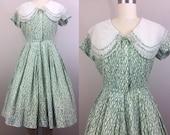 Vintage 50s Green White Novelty Print Sheer Collar Cotton Full Skirt S