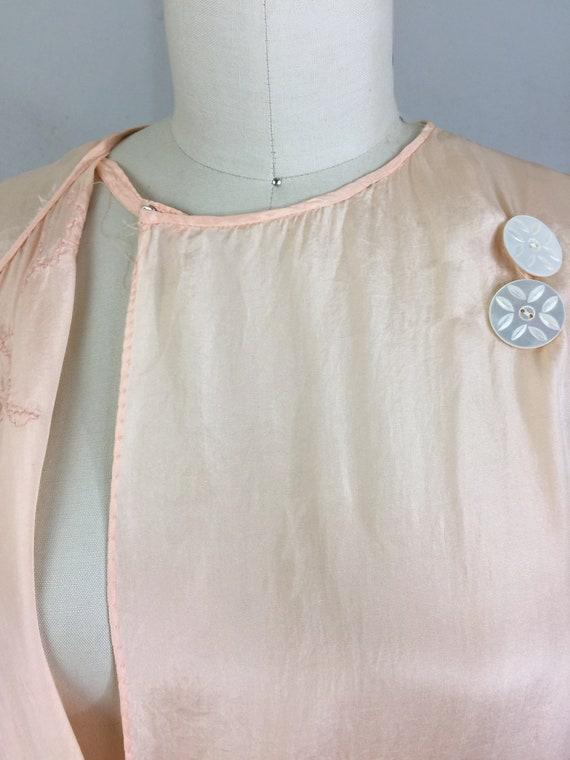 RSVD for Jeannine/Vintage 30s Peach Silk Embroide… - image 6