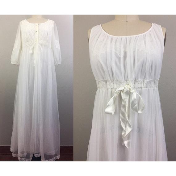 Vintage 50s 60s White Peignoir Set Robe Nightgown