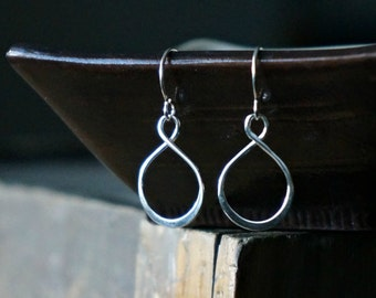 Silver Infinity Earrings / Curvy Teardrops on Sterling Silver Earwires ... Modern Minimal Earrings for Sensitive Skin