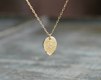Gold Leaf Necklace / Small Realistic Gold Leaf Pendant on a Gold Filled Chain • Simple Everyday Jewelry • Gift for Nature Girl