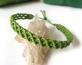Apple Green Macrame Friendship Bohemian Bracelet Wristband Handmade with Waxed Threads. Waterproof Unisex and Adjustable.
