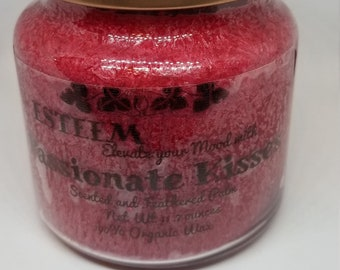 Elegant Passionate Kiss Crystal Palm Candle