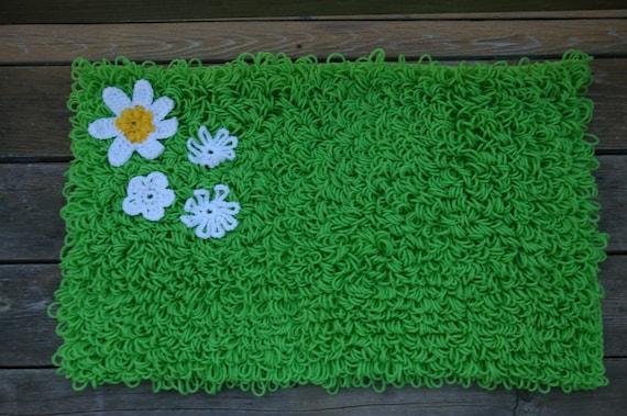Green Shaggy Grass Crochet Rug